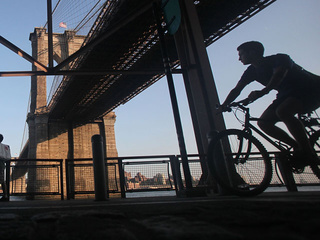 bicycle bike riding new york city nyc_20100228225637_JPG