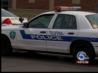 Elyria Police: woman stabbed after attempted rape