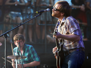 The Black Keys_20101202124417_JPG