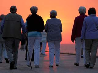 elderly senior citizens_20110207145731_JPG