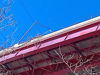 Valley View Bridge crash - looking up_20110222134445_JPG