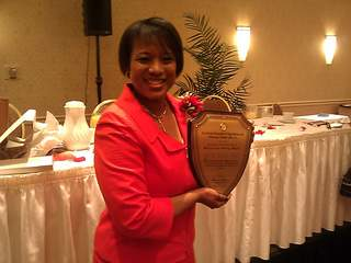 NewsChannel 5 anchor Danita Harris displays the Sojurner Truth Award on Sunday_20110502172922_JPG