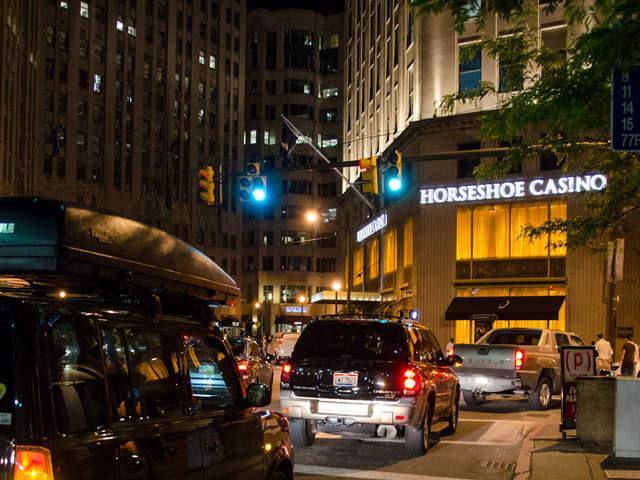 Hoseshoe casino 100 casino online poker top
