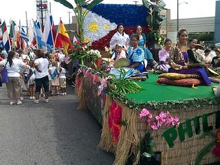 Lorain_International_Parade_float_20120624114152_JPG