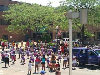Lorain_International_Parade_group_20120624140142_JPG