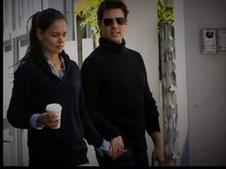 Cruise Divorce Katie Holmes on Tom Cruise  Katie Holmes Reach Settlement In Divorce Case