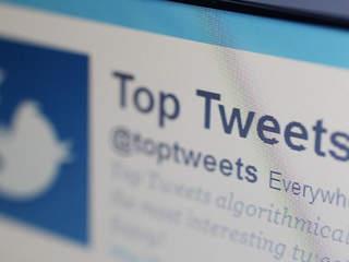 Top 2 tweets: Barack Obama, Bieber