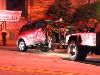 Raw: Madison Avenue four crash