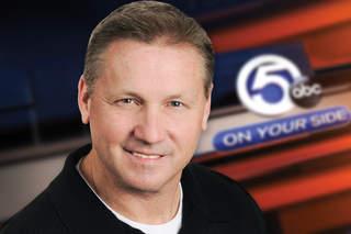 Multimedia journalist Dave Arnold