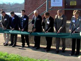 Ribbon_Cutting_20121121130213_JPG
