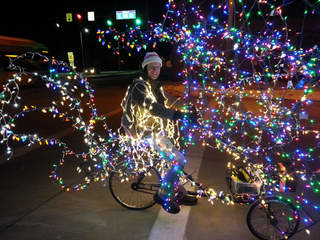 Tricycle With 3,000 Christmas Lights Peddles Through Cleveland ...