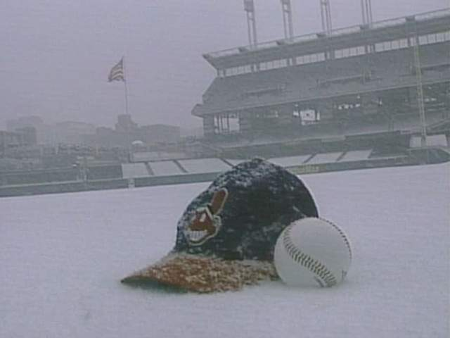 Cleveland_snow_and_baseball_opening_days