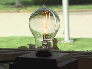 Milan, Ohio birthplace of Thomas Edison provides lighted path to ...