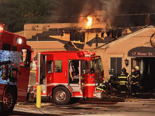 Fire rages through jekyll 39 s kitchen in chagrin falls for M kitchen chagrin falls