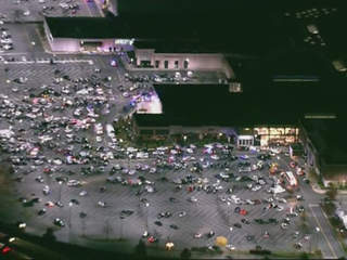 New Jersey Mall Shooting 20 Year Old Gunman Found Dead Inside Garden State Plaza Mall Police