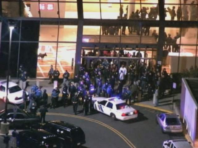 New Jersey Mall Shooting Police Release Garden State Plaza Mall Shooting Video 911 Calls