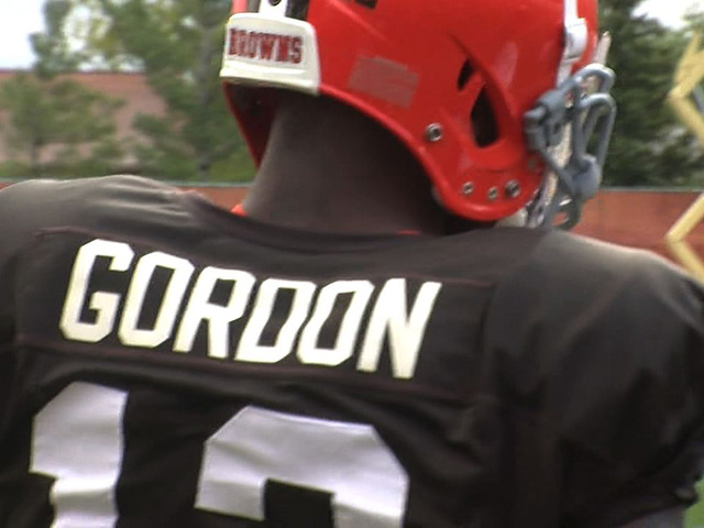 Josh Gordon suspended for 1 year