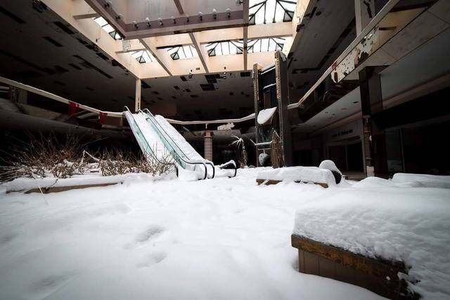 http://www.newsnet5.com/news/local-news/akron-canton-news/photos-snow-overtakes-abandoned-rolling-acres-mall
