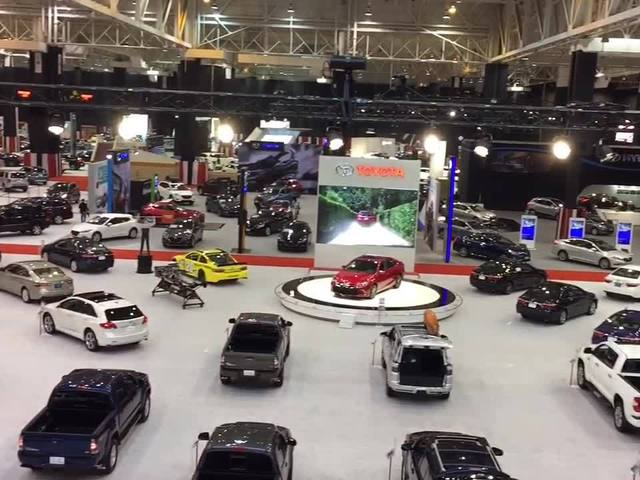 Cleveland Auto Show Friday highlights