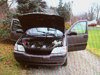 Suspects busted after getaway van breaks down