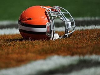 Browns fall to Tampa Bay 30-13
