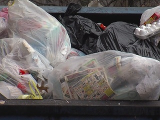 East Cleveland apt. complex hauls away trash