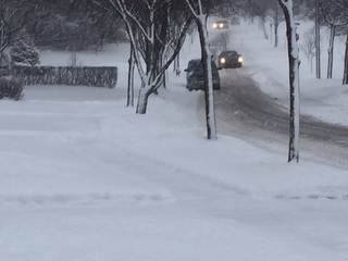 LIVE BLOG: Tracking closings, traffic, weather