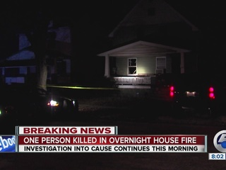 1 killed in Cleveland house fire overnight
