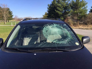 Police: Bottles thrown at cars in Medina County