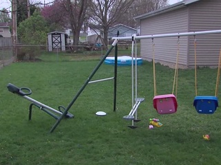 Man reportedly flashing kids in Ashland