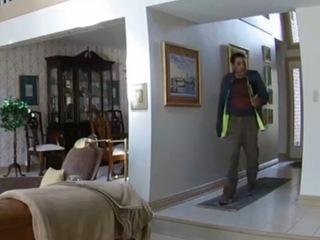 Serial condo burglars may have hit 18 cities