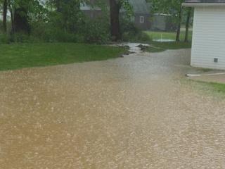 Madison Twp residents battle flood water