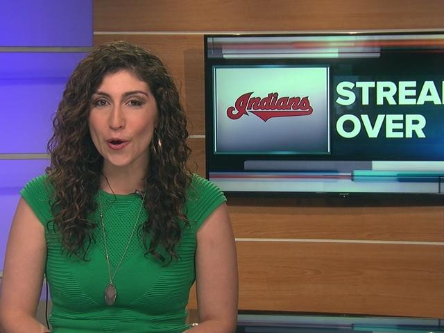 lauren's curly sportscast