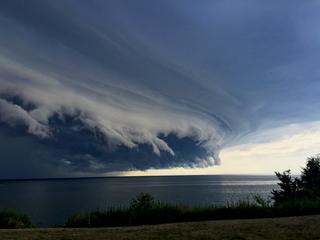 GALLERY | Massive dark clouds rush NEOhio Thurs.
