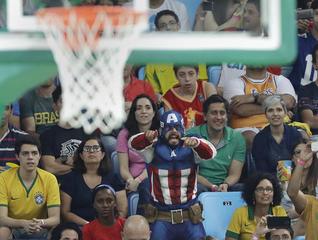 U.S. men beat Argentina to head to semifinals