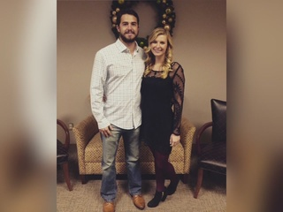Indians fans buy gifts for rookie's wedding