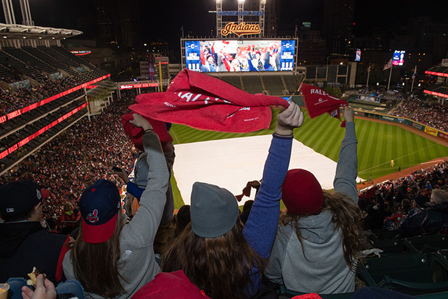 World Series heads back to Cleveland