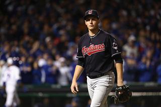 Trevor Bauer, Indians agree to $3.55M deal