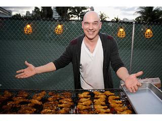 Michael Symon plans to open airport restaurant