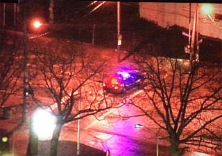 One dead in single car crash on Lakeshore Blvd