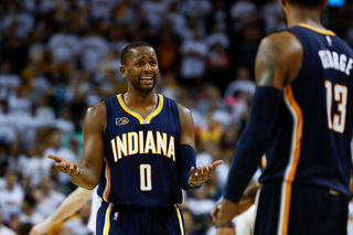 Playoffs: Cavs give Pacers grief in Game 2