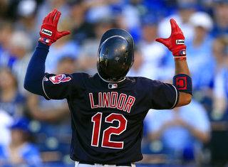 Santana, Lindor homer in 9th to beat Royals 3-1