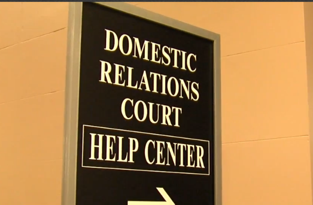 Do-it-yourself divorce cases flood Domestic Relations Help Center