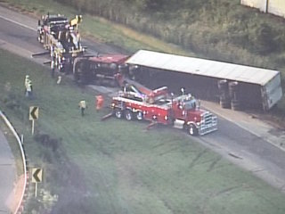 Ramp in Medina Co. reopened after truck rollover