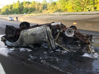 Only minor injuries in fiery crash on I-77