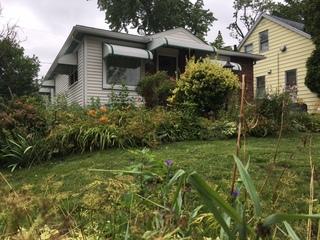 Akron elderly couple robbed of $50,000