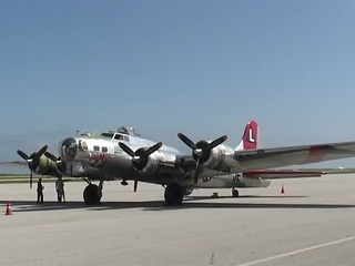 WWII bomber comes to Cleveland to offer flights