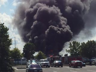Crews respond to boat fire at Cedar Point Marina