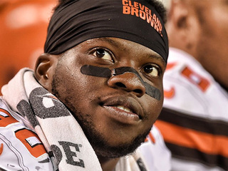 Browns raise more than $24K for hurricane relief
