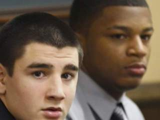 Rapist sues Youngstown State to play football